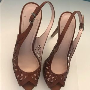 BCBG heels. Brown. Size 8. Used in good condition
